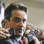 Senador investigado na Lava Jato gasta mais de R$ 180 mil por mês com despesas