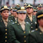 SAIAS VERDE OLIVA, EU CONCORDO : Permissão para que mulheres prestem serviço militar aguarda análise
