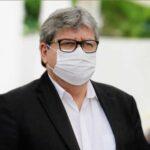 João Azevêdo inicia vacinação e distribuição de doses do imunizante contra a Covid-19 nesta terça-feira