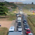 Acidente na BR-230 deixa trânsito lento